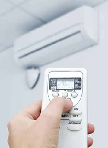 ductless-heating-remote
